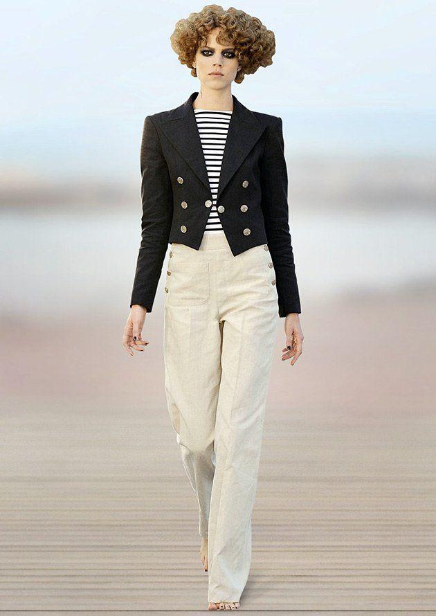 Спенсер – модель пиджака, полы которого слегка прикрывают линию талии