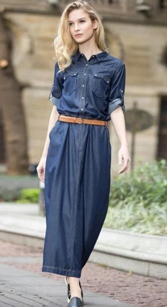 Платье можно дополнить контрастным ремнем