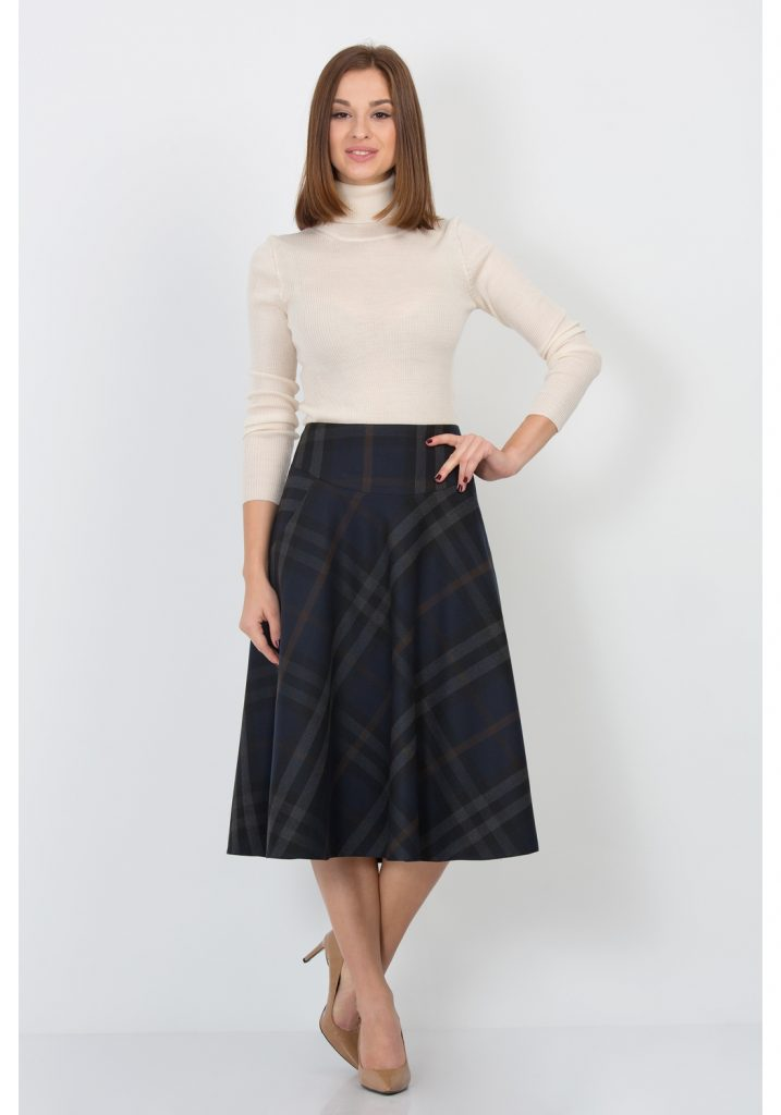 Аристократичная клетка – лучший выбор принта юбки солнца длиной миди