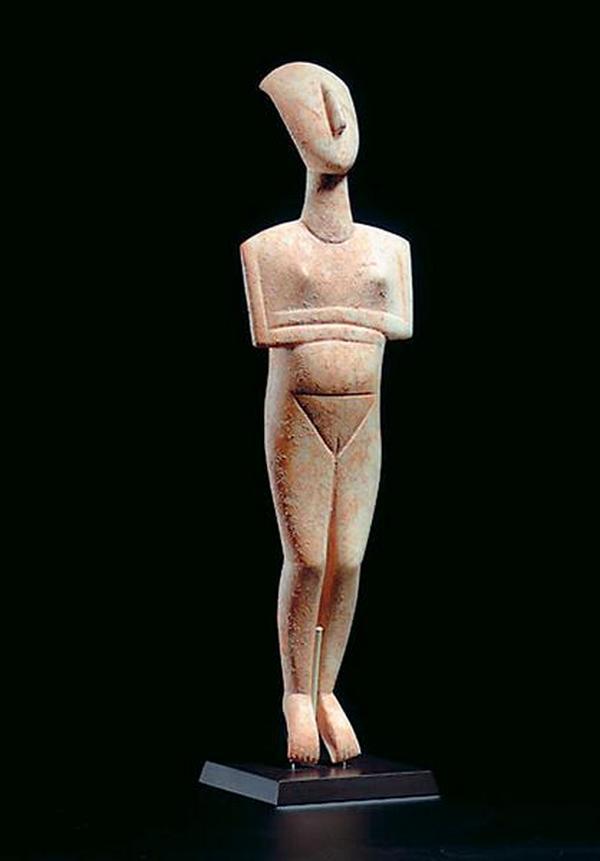 «Перевернутый треугольник» - эталон женской красоты кикладской цивилизации