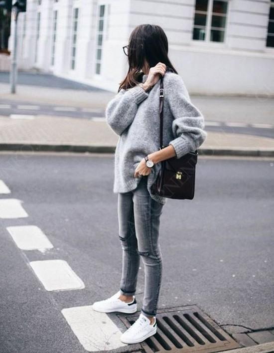 пример с серым свитером