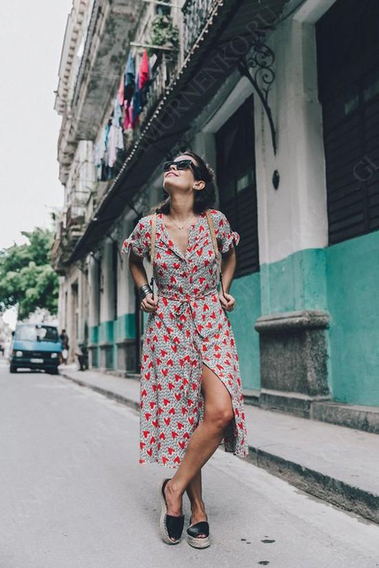 С чем носить женские эспадрильи на плоской подошве?