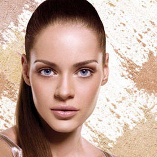 Женщины с овальным типом лица могут смело экспериментировать с декоративной косметикой