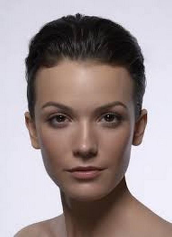 Овальное лицо – широкое поле для косметических фантазий