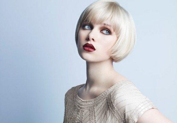 Удачная стрижка и макияж сделают женщин с формой лица «треугольник» неотразимыми