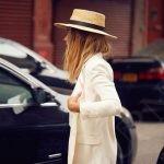 образ с шляпой