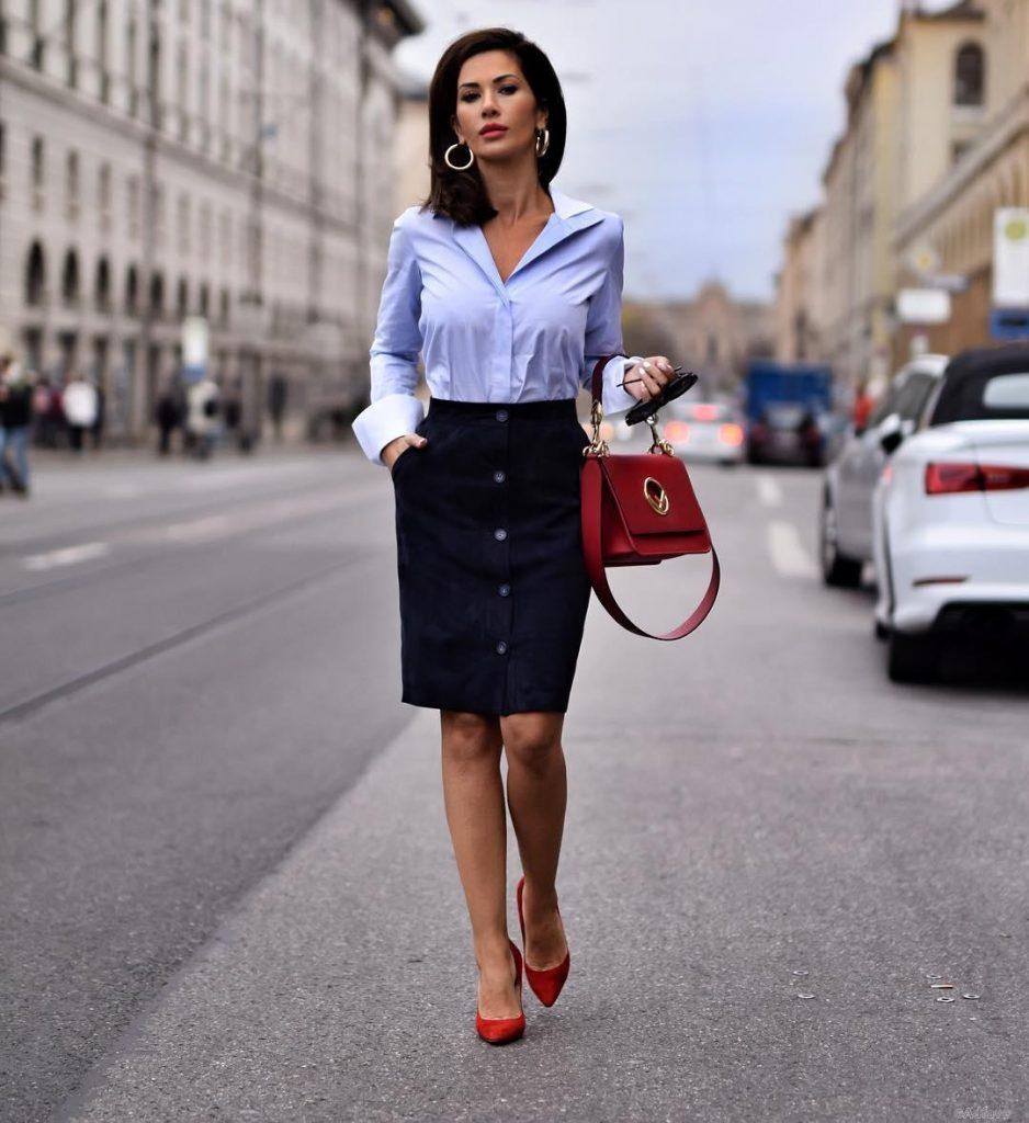 Косые карманы придадут офисной юбке карандаш изысканности и шарма, сделают ее ношение удобнее.