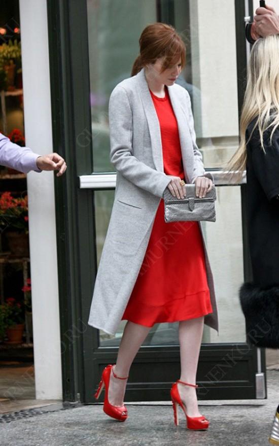 пример с чем носить красные туфли