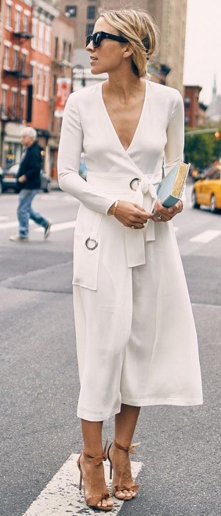 белое миди платье в запах