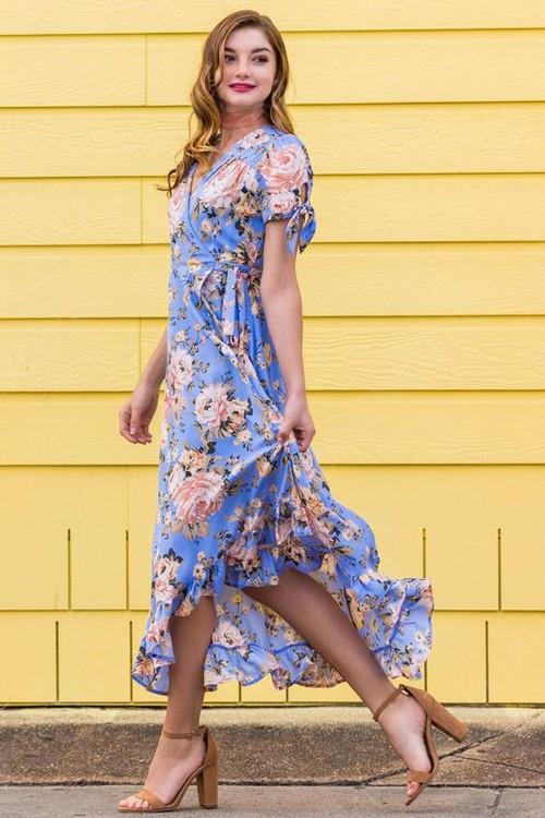голубое платье в запах
