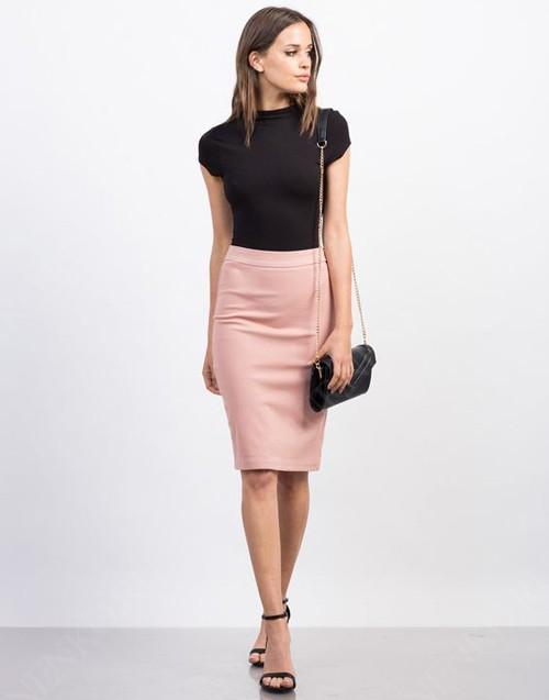 С чем носить юбку-карандаш?