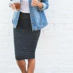 юбка-карандаш и кроссовки