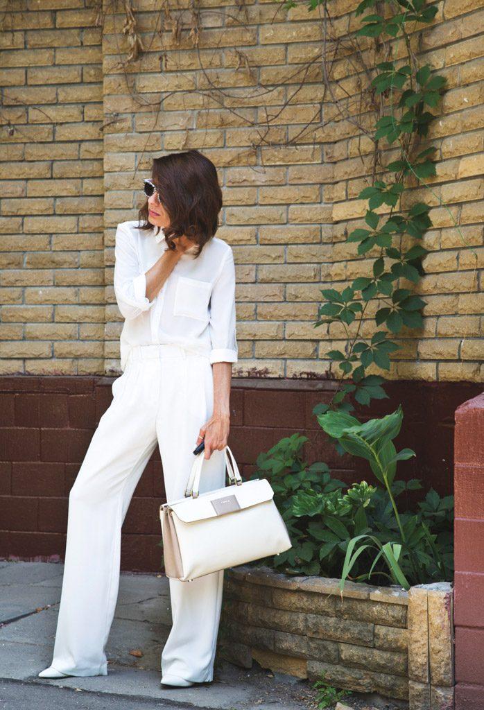 Модная фишка сезона - total white look.