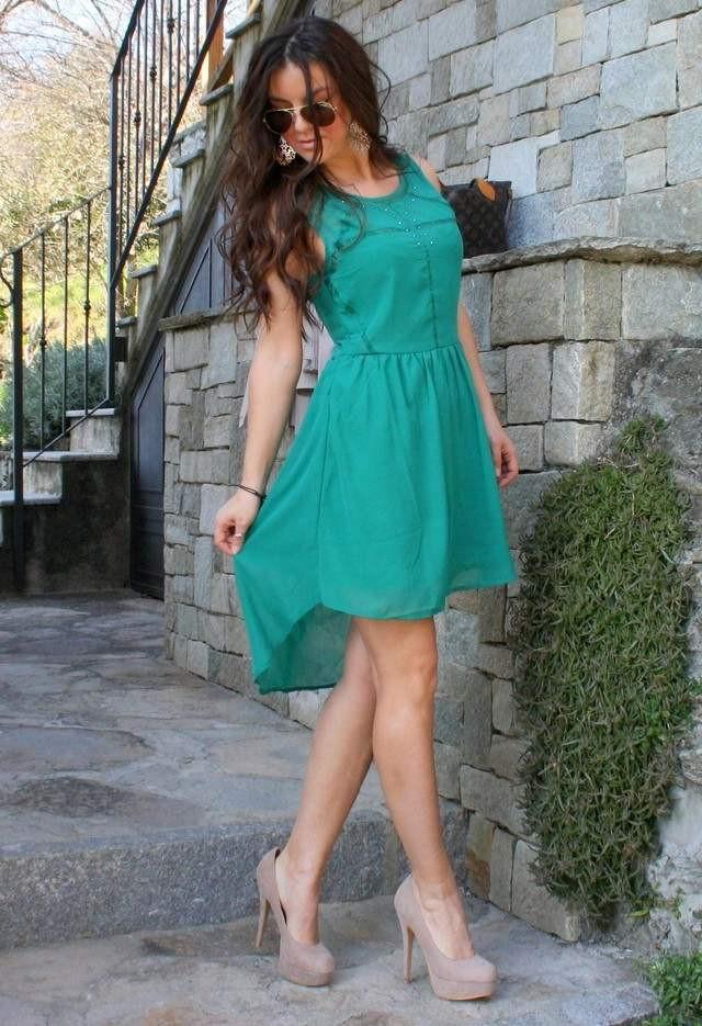 Беж и зелень - культовое сочетание для модниц.