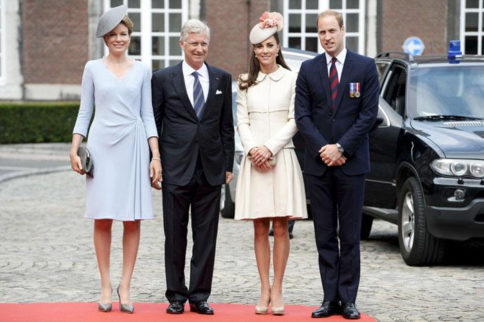Бежевые туфельки в тон кожи - проявление аристократизма.