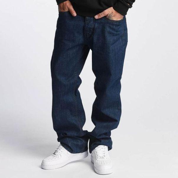 Идеальное контрастное сочетание кедов и джинсов Loose fit.