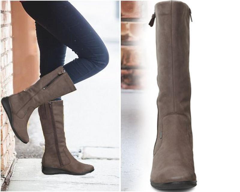 Удобные и теплые зимние сапоги должны быть в гардеробе каждой модницы