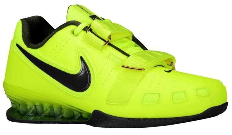 """Легкие и гибкие Nike Romaleos 2 Volt c системой """"Power Bridge""""имеют эластичную носочную и жесткую пяточную зоны"""
