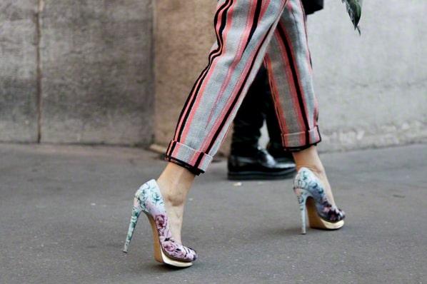 Туфли возвращаются в исходное состояние после сгибания