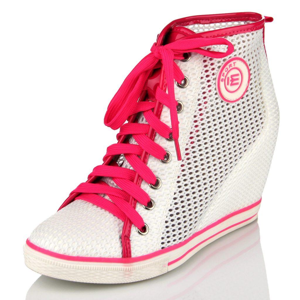 Сникерсы – красота и комфорт спортивной обуви