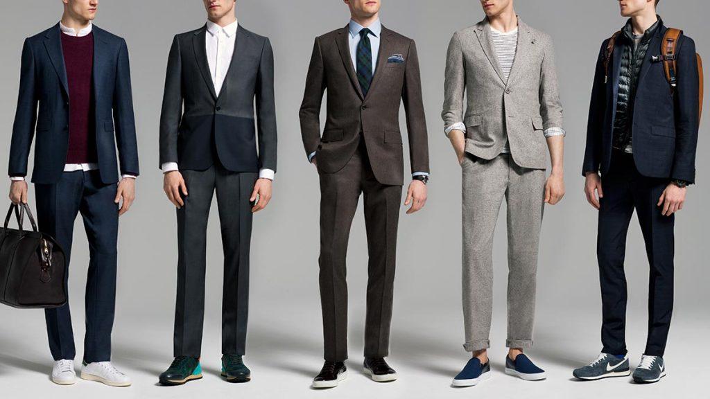 Деловой костюм с классическими кроссовками и кедами смотрится более чем уместно и актуально.