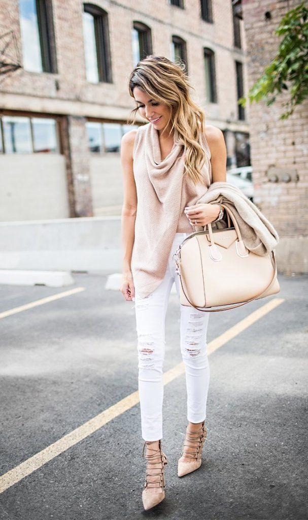 Белые джинсы и остроносые босоножки - ТОПовое сочетание сезона.