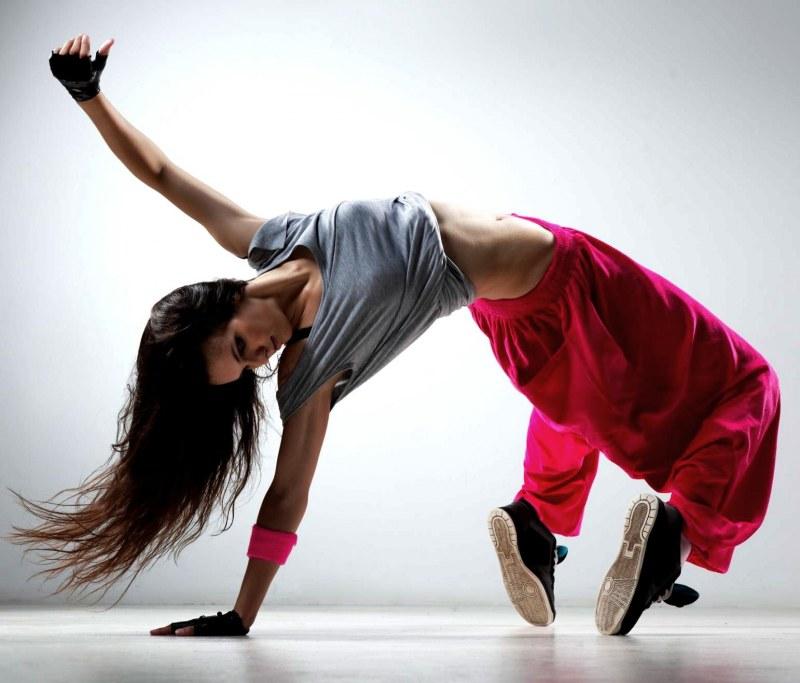Танцевальные кроссовки.