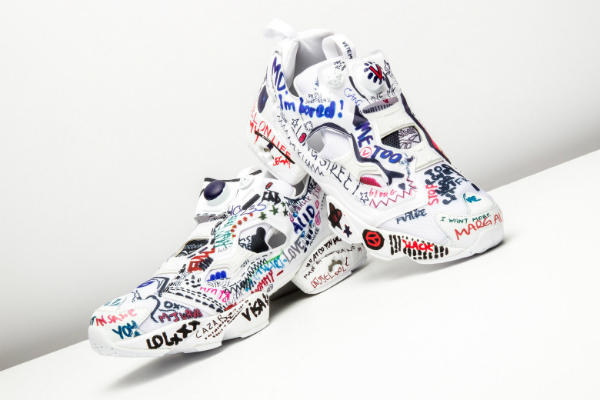 Кроссовки с элементами граффити - самое модное решение сезона.