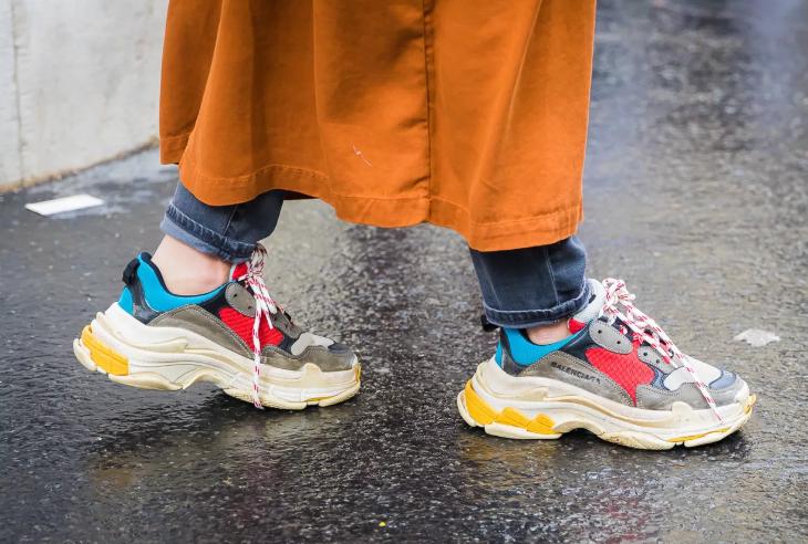 Классные кроссовки для смелых дам.