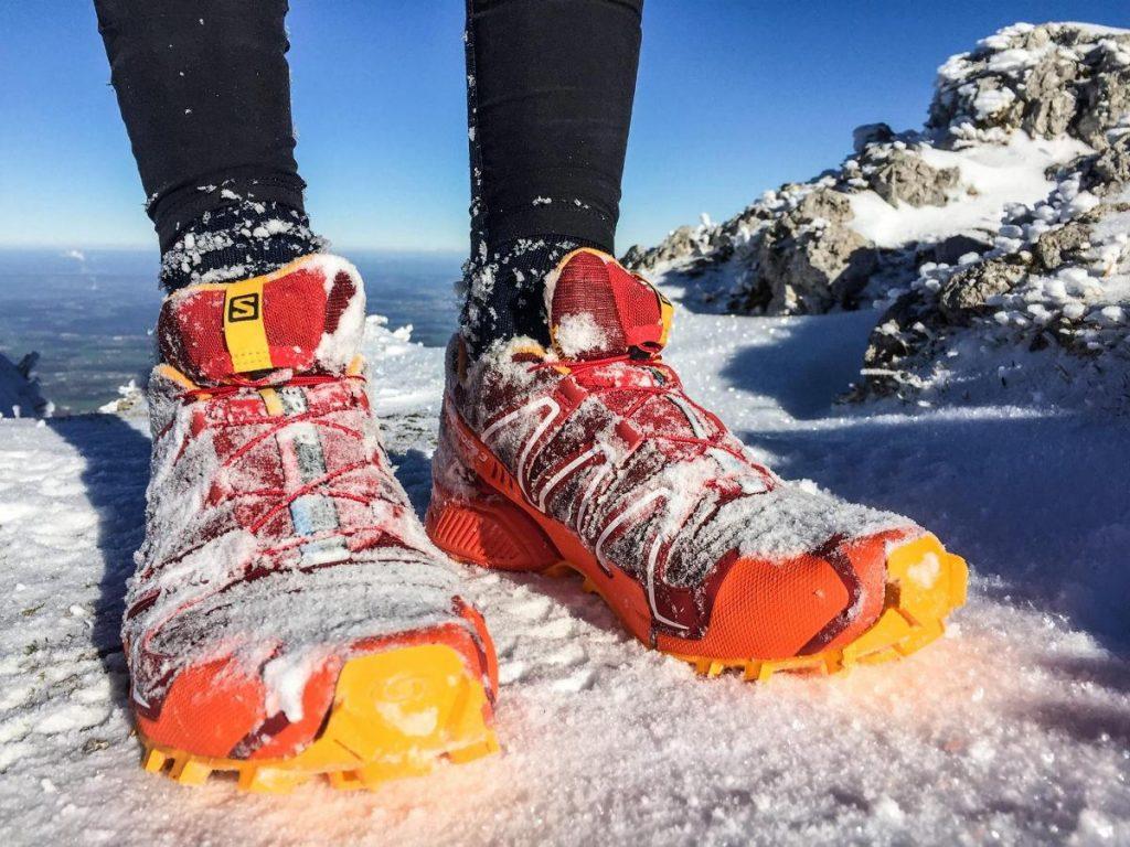 «Солнечные» кроссовки сделают ярче любую погоду.