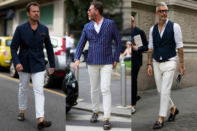 Светлые брюки с лоферами - классика аристократичного стиля.