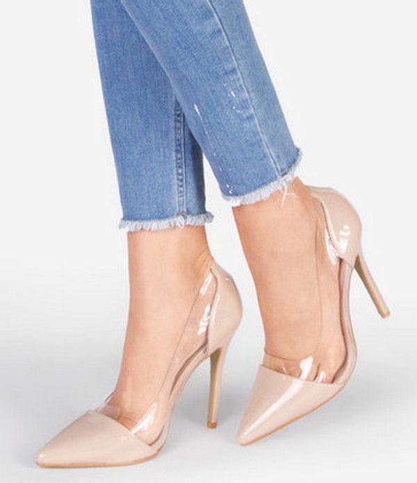 Туфли на высоком каблуке отлично сочетаются с джинсовой одеждой