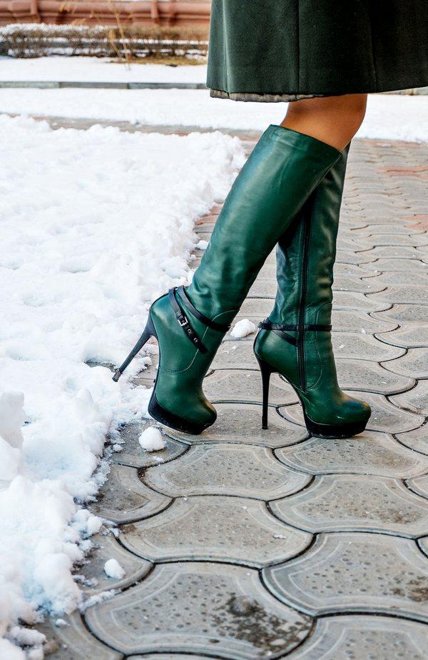 Креативный бутылочно-зеленый – выбор уверенных в себе модниц