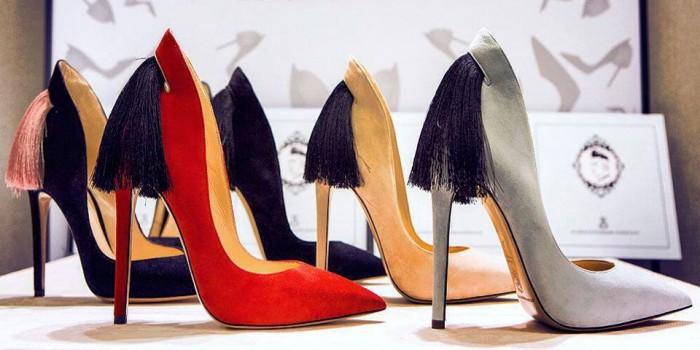 Туфельки с бахромой - хит модного сезона и фишка любого образа.