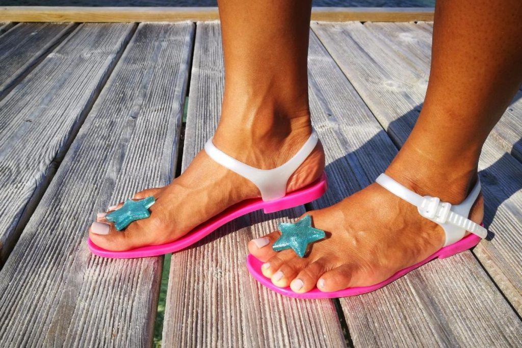 Обувь - которая идеально подходит только для моря и пляжа