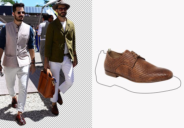 Коричневые летние туфли прекрасно сочетаются с белыми брюками.