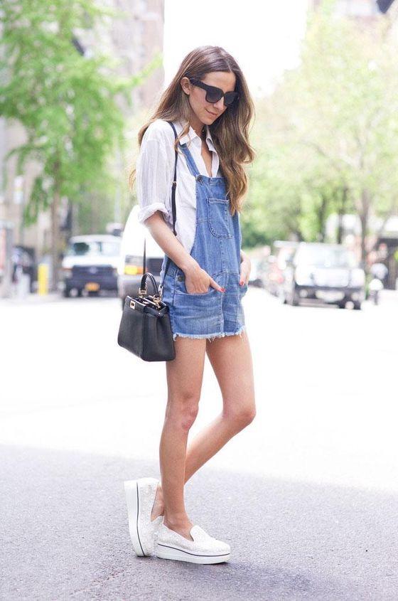 Повседневный джинсовый образ удобен и красив