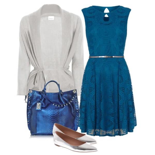 К пышному фасону миди уместны и балетки, например серебристые. Легкая серая кофточка и сумка цвета синий металлик завершают аутфит.