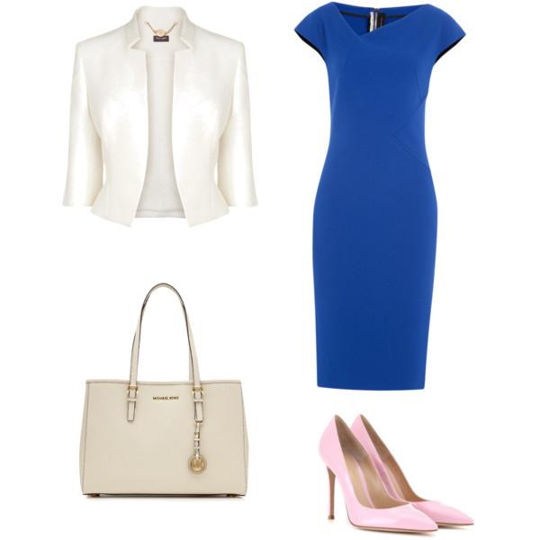 Силуэтное платье, светлый пиджак и сумка, а также бледно-розовые лодочки — стильный деловой аутфит.