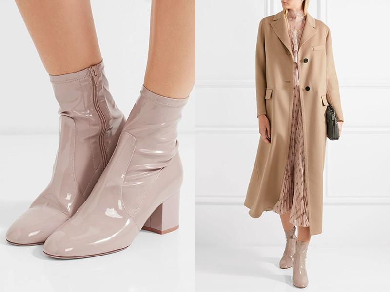Собрать романтичный лук можно из плиссированного платья, пальто и модных лаковых ботинок.