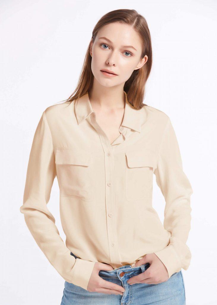 Рубашка стандартной длины, заправленная за пояс джинсов