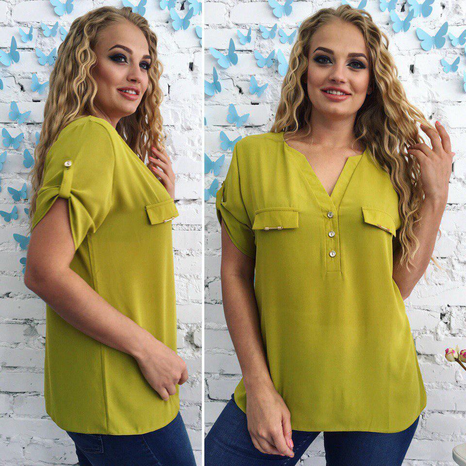 Девушкам с фигурой «яблоко» подойдут свободные рубашки с акцентом на груди