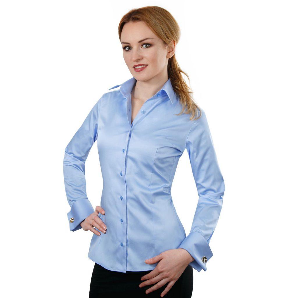 Рыжеволосым леди пойдут рубашки в оттенках синего и голубого