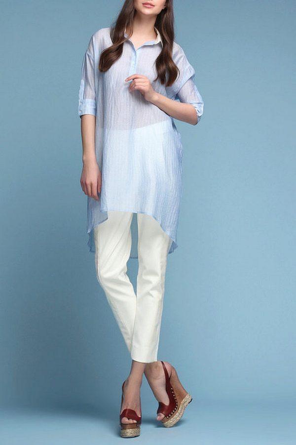 Микс из рубашки-платья и легких белых брюк для повседневной носки