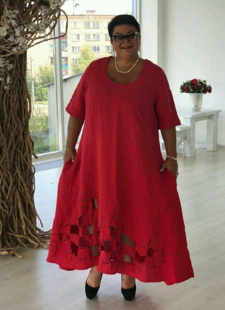 Просторные платья в стиле бохо - возможность для пышнотелых дам выглядеть современно и привлекательно