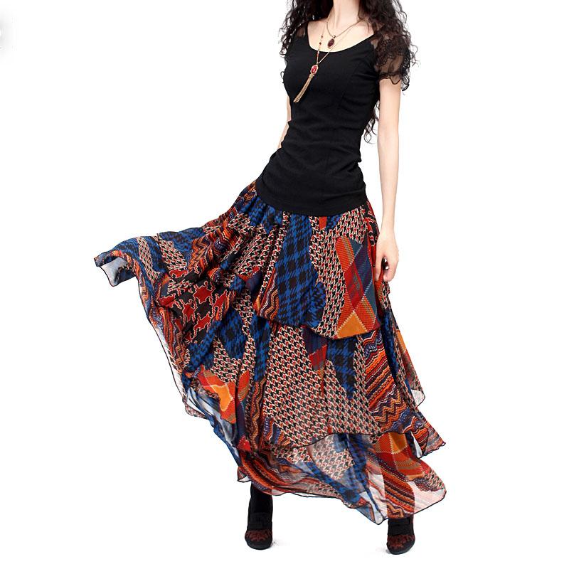 Многоярусные юбки в стиле бохо состоят из отрезков ткани разной длины
