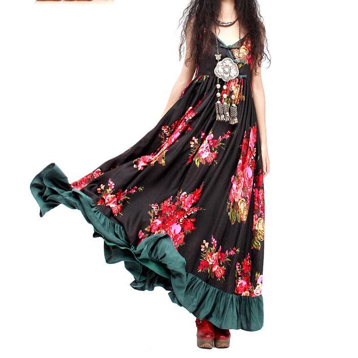 Сарафаны - базовые предметы гардероба в бохо стиле, позволяющие корректировать силуэт