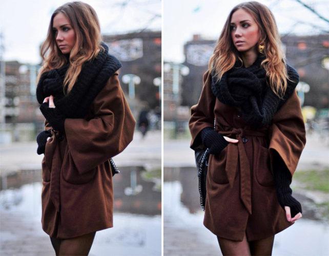 Более строгой выглядит ансамбль уютно-коричневого пальто с шарфом черного цвета