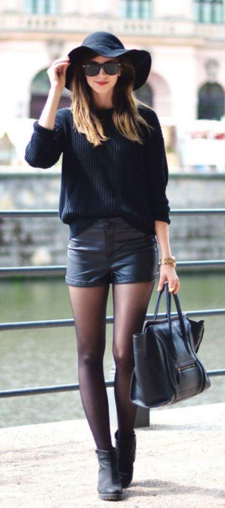 Черные колготки прекрасно миксуются с шортами разных цветов и текстур