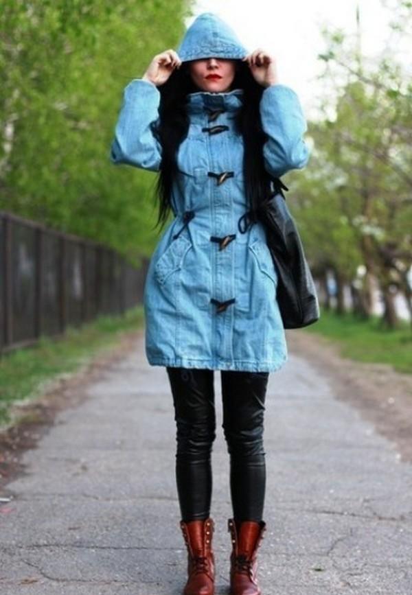 Голубая парка – достаточно редкая расцветка этого вида верхней одежды